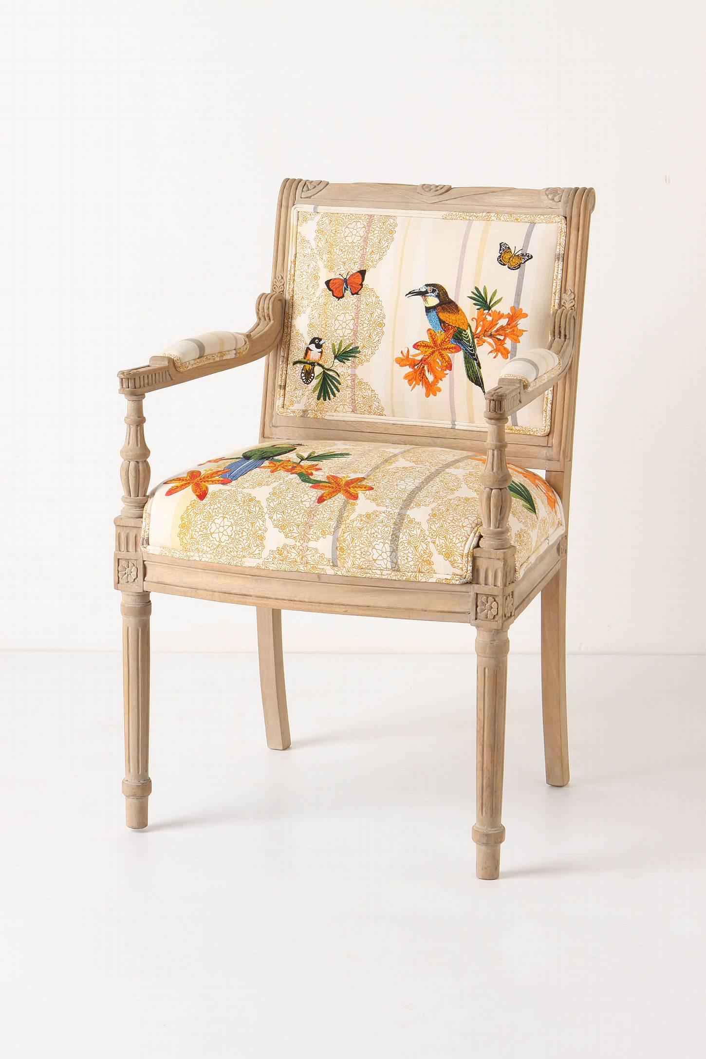 Chairs sch ne frau for Sillas bonitas