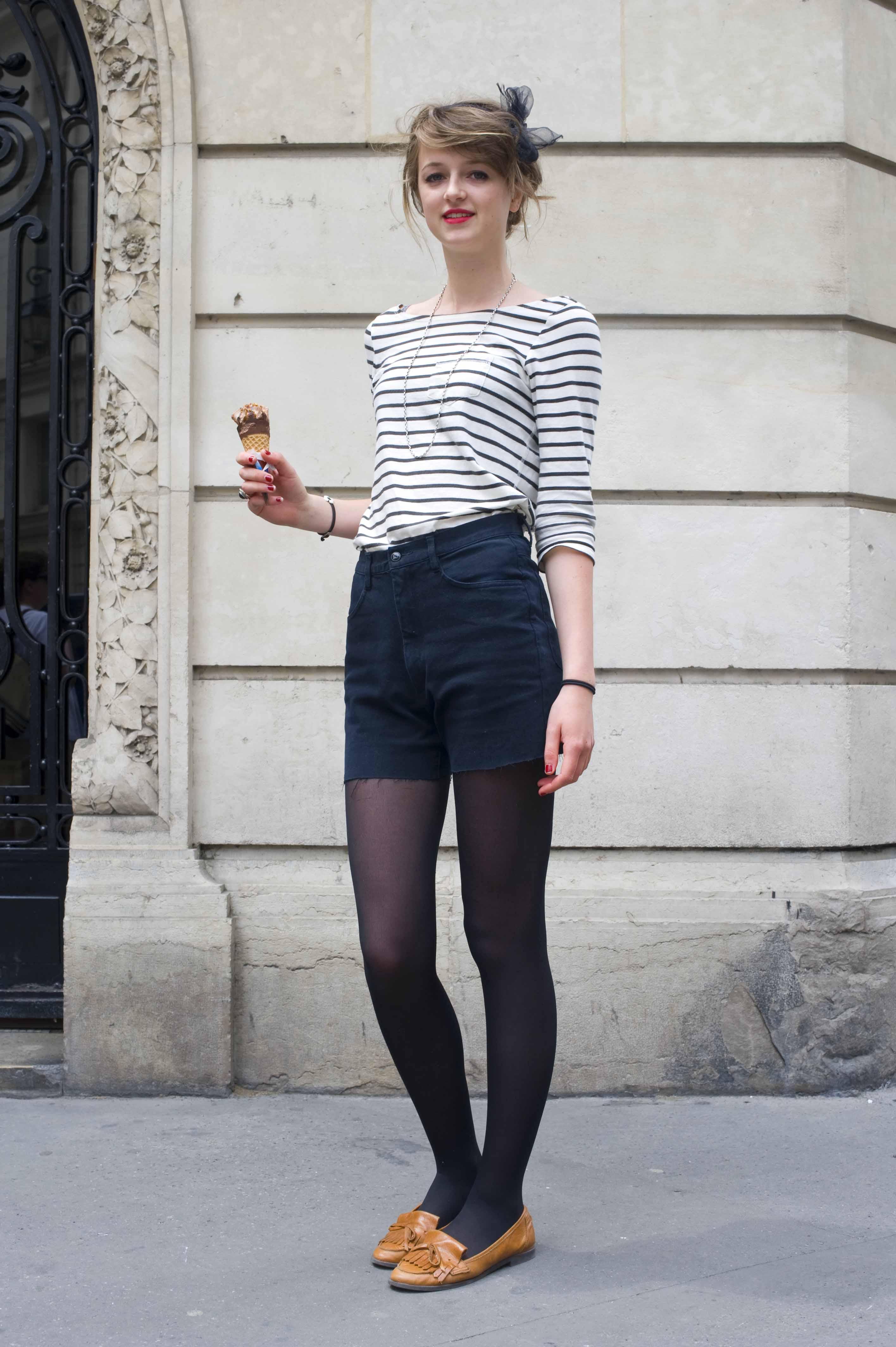 French Style Sch Ne Frau