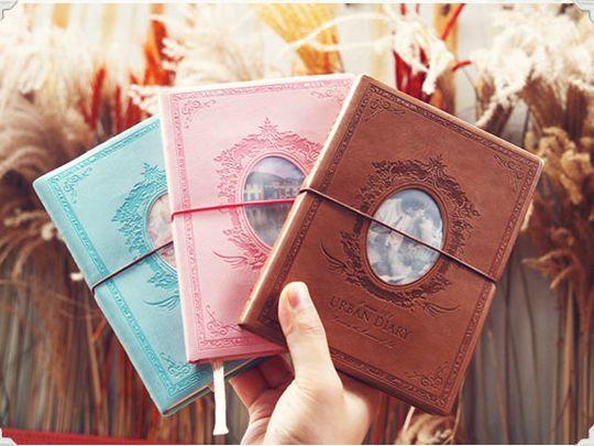 Escribiendo en tu diario o agenda
