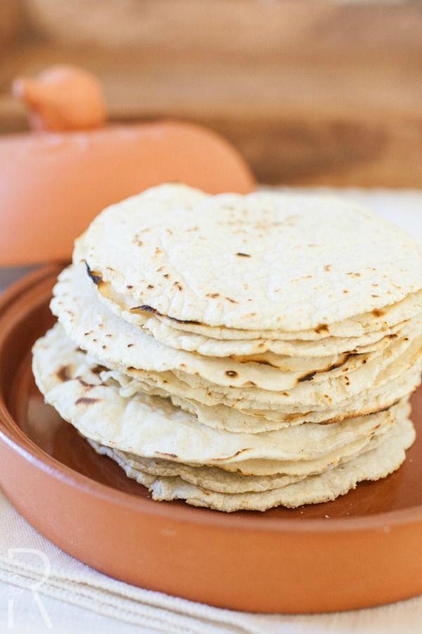 Chilaquiles de tortilla con puerco