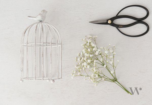 Centro de mesa de Jaula de pájaro y Flores